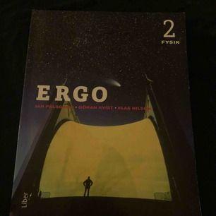 Ergo fysik 2 bok. Jättefint skick