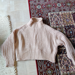 Ljusrosa stickad tröja från HM