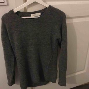 Vid intresse för någon av tröjorna kontakta mig för närmare info (storlek osv)  Alla tröjor 50 kr styck