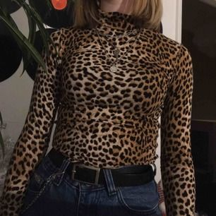 Leopard mönstrad långärmad tröja 💫