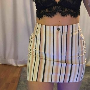 skönaste kjolen ja haft, super stretchig