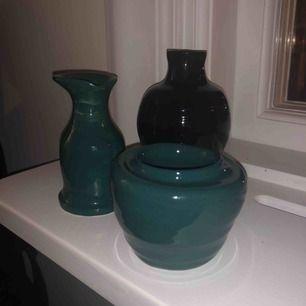 Ett par super fina handdrejade skålar/vaser/kanna av moi🥰 Alla för 25kr eller en för 10kr💞 Frakt: 18kr