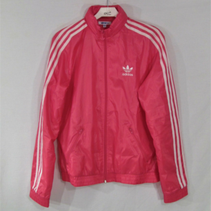 Rosa Adidas jacka, stl. 38 i bra skick utan anmärkning