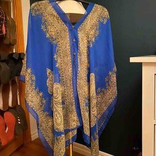 Strandklänning. One size. Frakt är inräknad i priset!