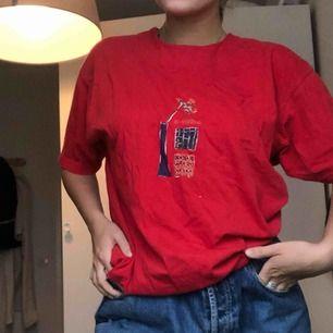Cool vintage tshirt från humana! 90kr med frakten inräknad⭐️