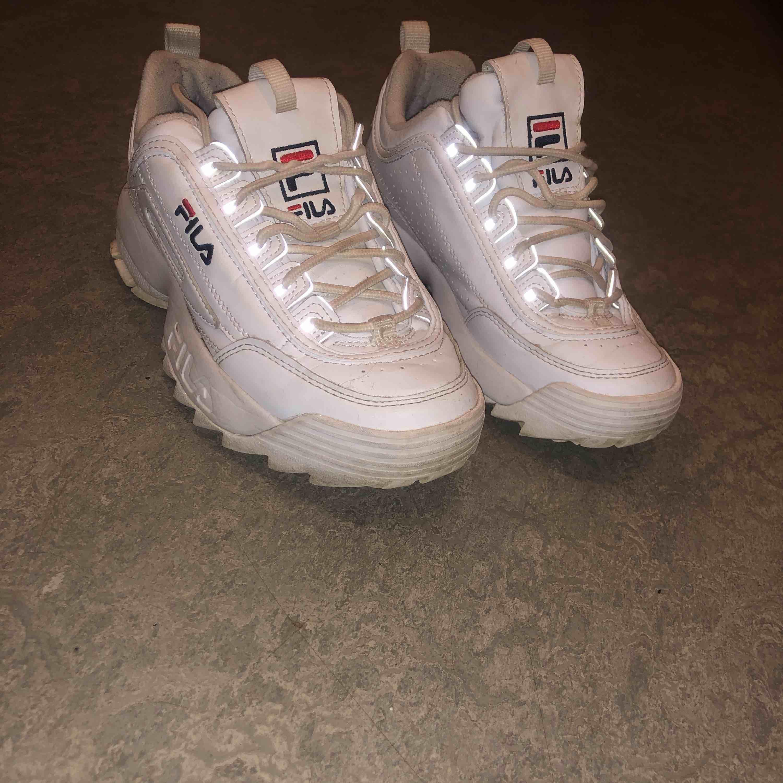 Fila sneakers. Skor.