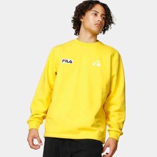 Knappt använd fila sweatshirt, nypris 800kr (;
