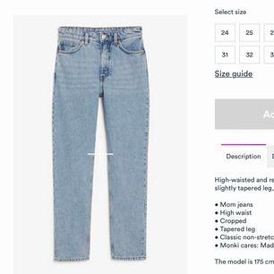 Sprillans nya kimono jeans från monki i storlek 26. Endast testade men hann inte lämna tillbaka dem i tid!