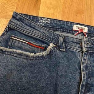 Jättefina Tommy Hilfiger jeans köpte ett tag sen. Mycket stretch, passar mig som vanligen har storlek xs/s