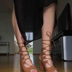 Finskor från din sko, använda 3 gånger!! Kan mötas upp i Lund/Malmö eller fraktas, köpare står för frakt