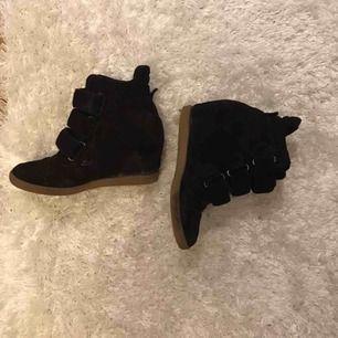 Payments skor från johanssons ! Litet hål under skon men ingenting som påverkar.