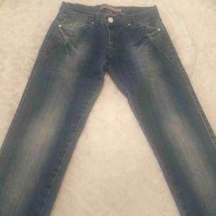 Dolce Gabbana jeans st 29