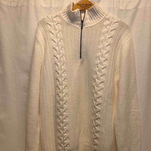 Vintage Calvin Klein , stor large, mycket gott skick. Kan hämtas i Uppsala eller skickas mot fraktkostnad