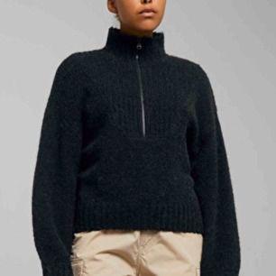 Stickad tröja från Weekday, helt oanvänd (orginalpris:500kr)