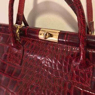 Äkta läder italiensk handväska