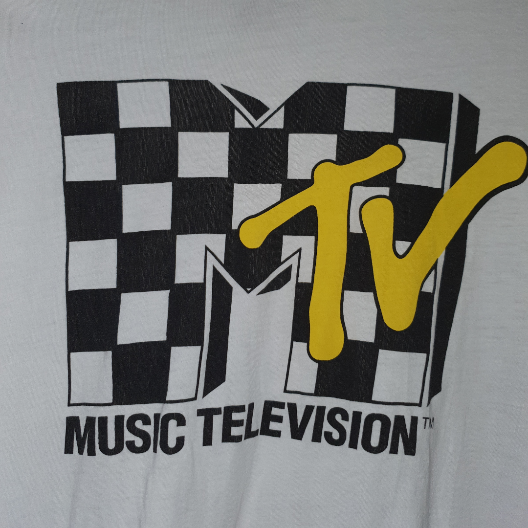 Super snygg t-shirt från H&M ;) Frkaten ingår!. T-shirts.