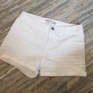 Oanvända shorts från New Yorker Frakt tillkommer 🚚