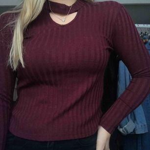 Fin tröja i fint skick, fråga ifall du har frågor❤️