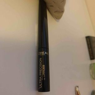 Oöppnad eyeliner från loreal Paris 6ml