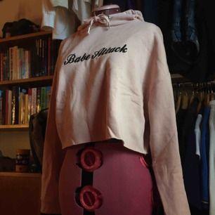 Ljusrosa hoodie från HM, används inte.