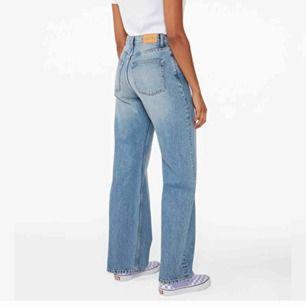 YOKO jeans från Monki, säljer på grund av fel storlek. Precis köpta här på Plick