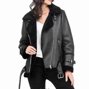 Helt oanvänd biker jacket storlek M