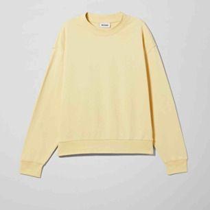 Sweatshirt från weekday