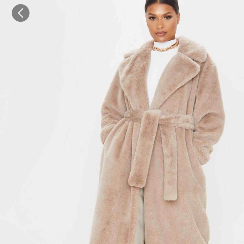 En jacka ifrån PLT, nypris 670kr. Säljer pga att jag aldrig använt den. Jackor.