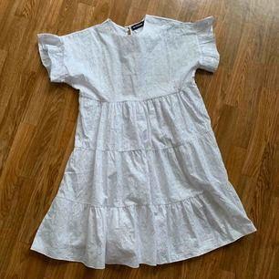 Fin klänning helt oanvänd