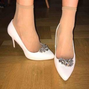 Fina glitter & glamour skor! Superbra skick, knappt använda.