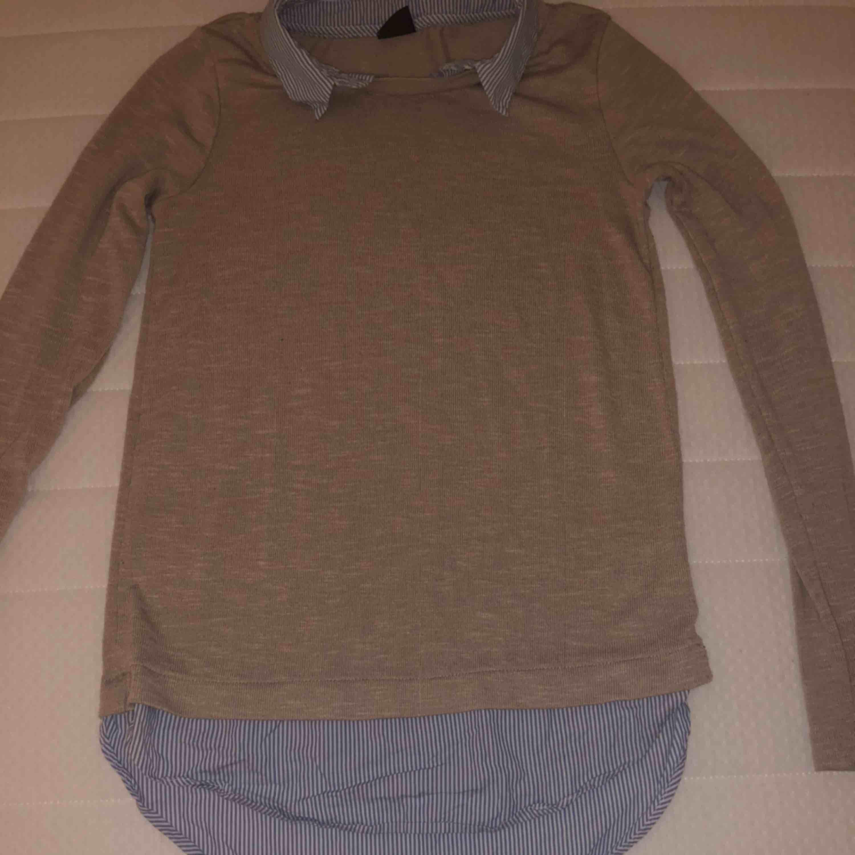 En fin tröja säljer den eftersom den är för kort för mig. Tröjor & Koftor.