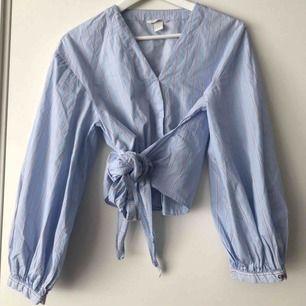 Blus från Zara, fint skick, passar en S