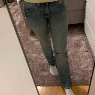 Lågmidjade jeans från lee