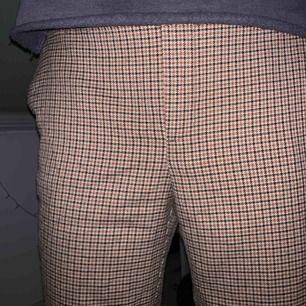 Snygg byxor från Zara Bra skick