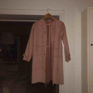 Tunn rosa kapp från Zara! Nyskick och skön