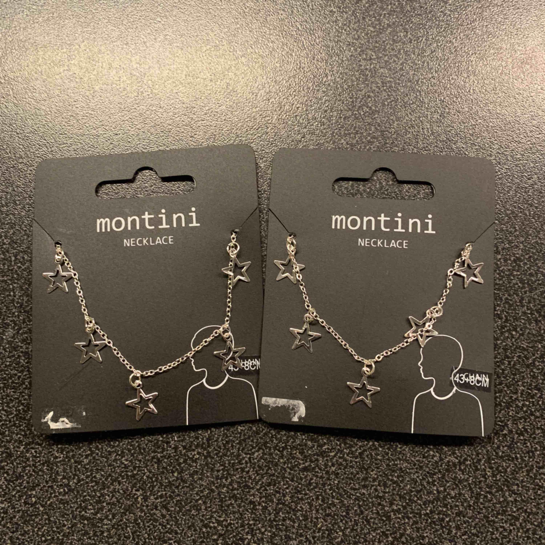 Två halsband för 50kr/styck eller 100kr för båda! Kan mötas upp i Stockholm/söder och jag kan frakta👍🏼💞. Accessoarer.