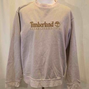 Vintage Timberland tröja, storlek L  Kan hämtas i Uppsala eller skickas mot fraktkostnad.
