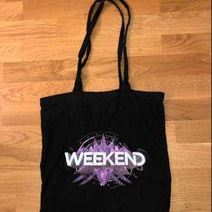 The weekend tyg påse, skriv om ni är intresserade :)