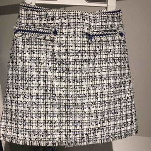 Kjol från H&M i bra skick Köparen står för frakt