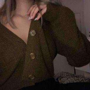 Trendig super mysig tröja från Lindex, köpt för 300:- och väldigt lite använd🌸🌸🌸