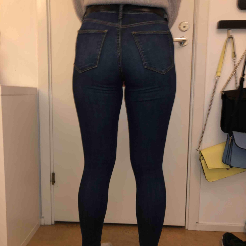 Snygga och sköna jeans från GAP köpta i Paris, jättefint skick! 🌸. Jeans & Byxor.