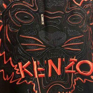 Kenzo hoodie i strl S, köpt i Turkiet