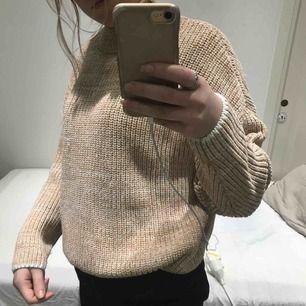 Stickad oversized tröja, bra skick