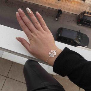 Vårt silvriga armband! ⭐️😍🌍