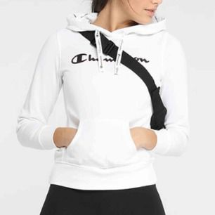 En skitsnygg hoodie från Champion. Kan skickas med post men då står köparen för frakten! 😇