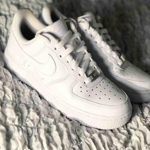 Nike air force  Storlek 37,5