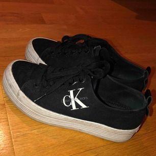 Skor från Calvin Klein i storlek 38, använda ett fåtal gånger