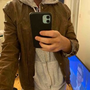 En Whyred jacka köpt från ett showroom