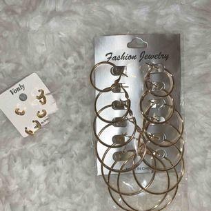 Söta örhängen i flerpack. 70kr per paket eller 120kr för båda. Kan möta upp i Göteborgsområdet eller skicka via post(+frakt). :)
