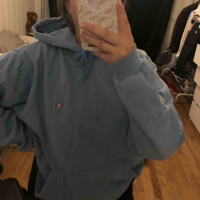Intresse koll på min vintage champion hoodie . Huvtröjor & Träningströjor.
